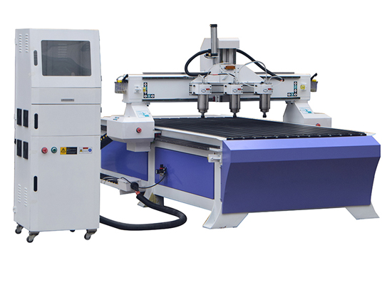 3 spindles wood router machine