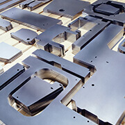 laser cutting metal materials